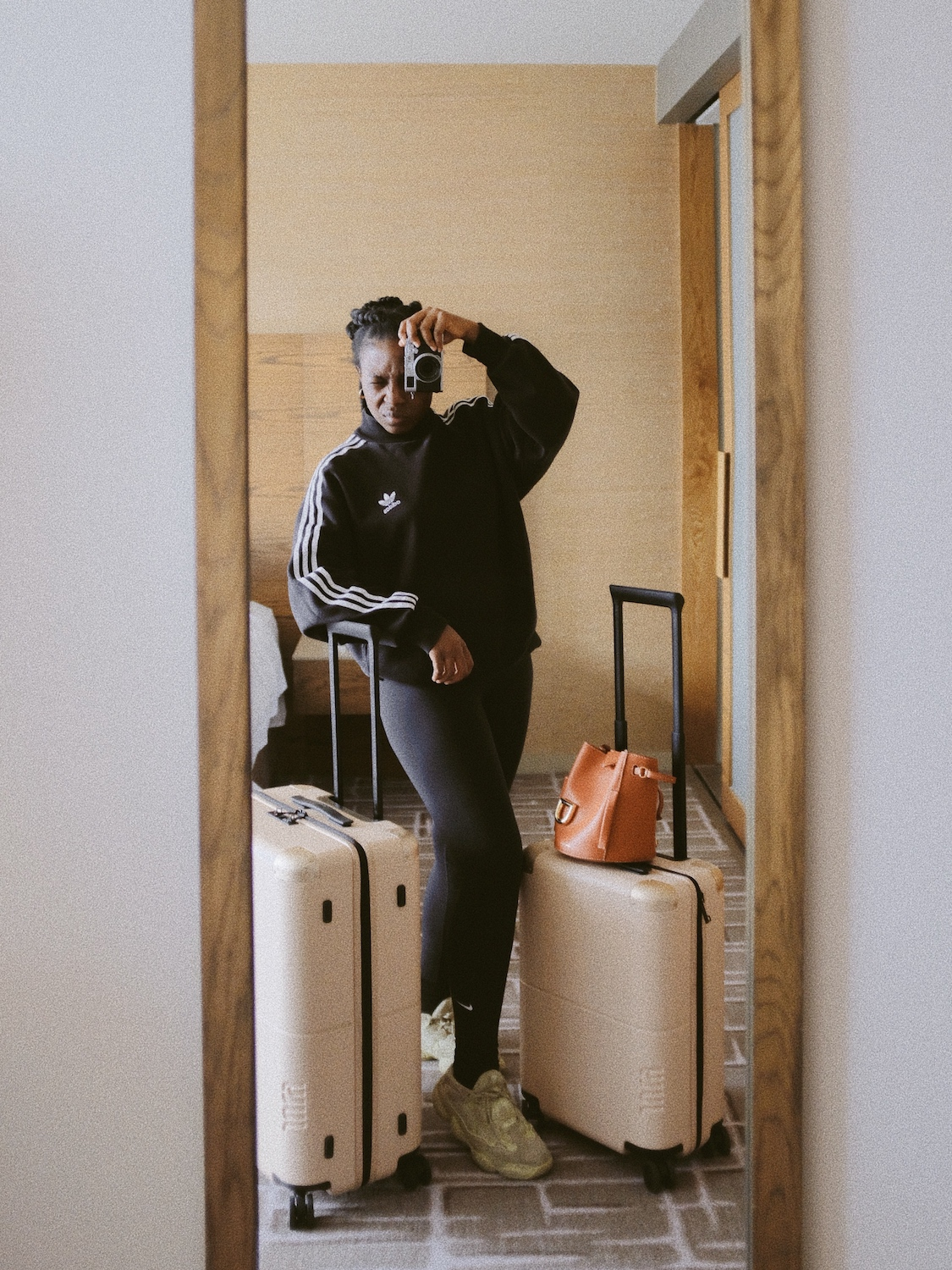 From Traveler to expat: the struggles to move to a new country